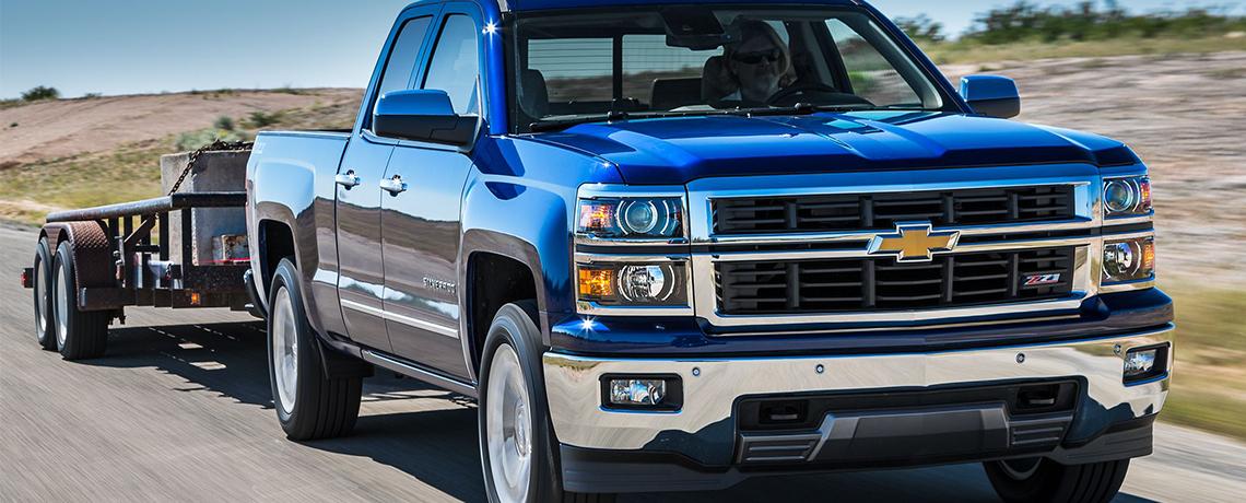 2014 Chevy Silverado Towing Trailer