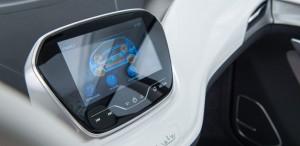 Chevy-Bolt-EV-touchscreen-display