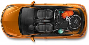 2017-chevrolet-cruze-hatchback-reveal-cargo-980x500-02