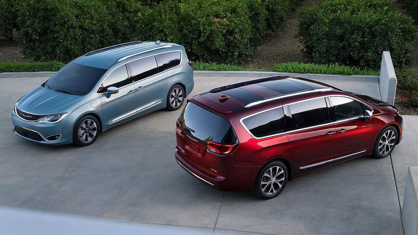 Chrysler Gives the Minivan a Cool Crossover Image