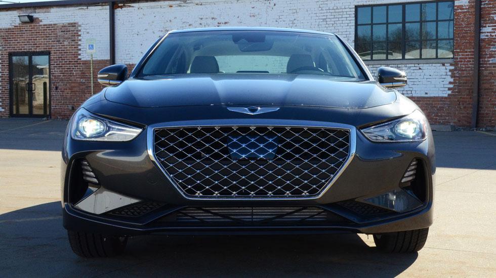 Black 2019 Genesis G70 exterior