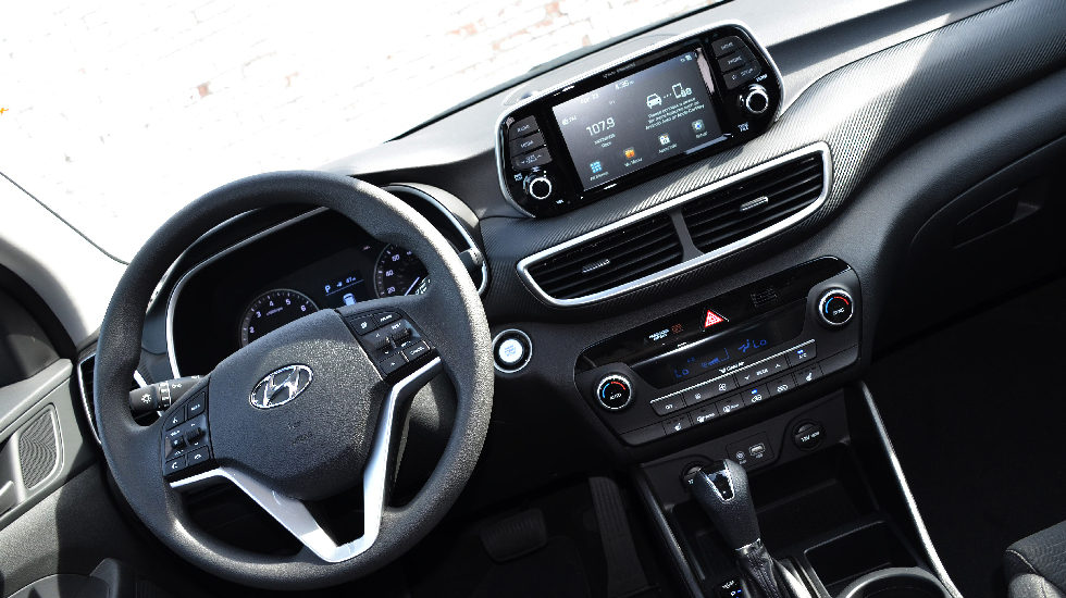 Inside the 2019 Hyundai Tucson Night Edition