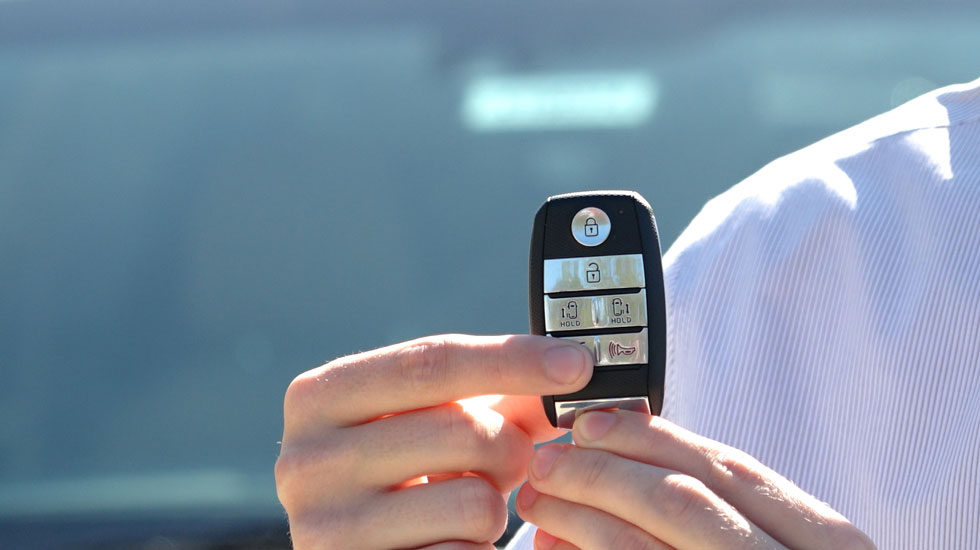 Kia Keyfob trunk button