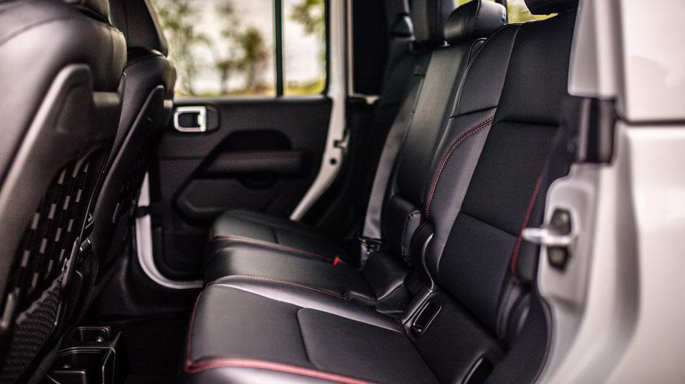 2020 Jeep Gladiator Back seat
