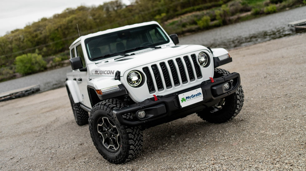 2020 Jeep Gladiator front grille