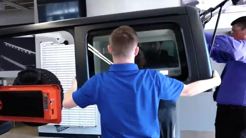 Removing the Wrangler JL Hard top