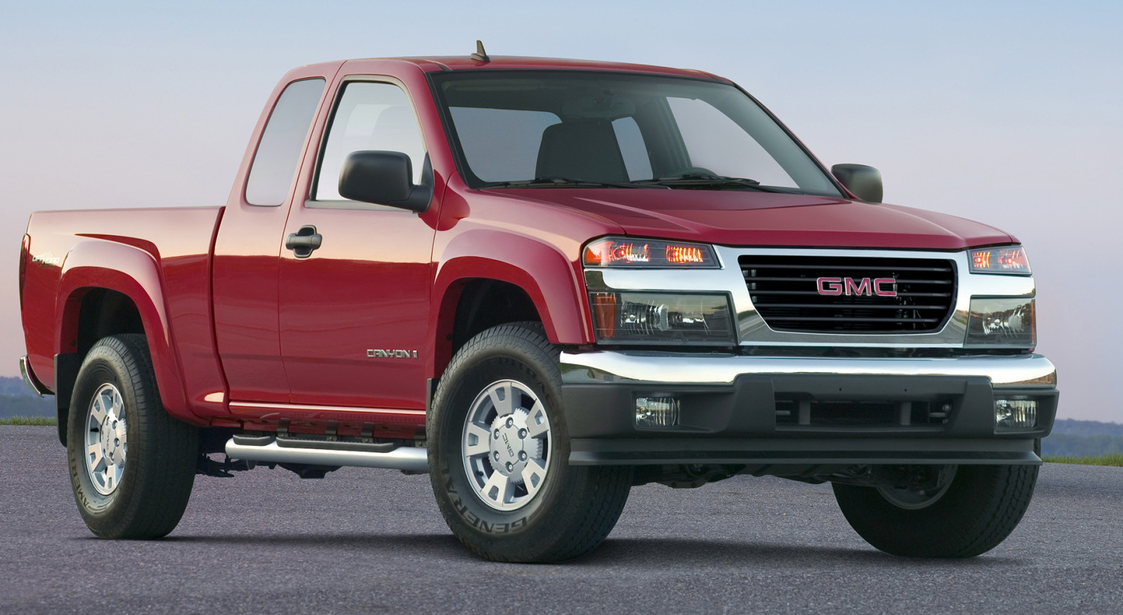 gm to reveal new smaller trucks in the fall. Black Bedroom Furniture Sets. Home Design Ideas