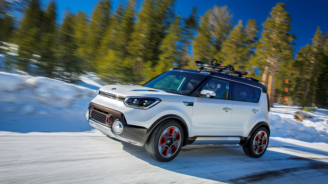 Marvelous Kia Soul Driving Through Snow
