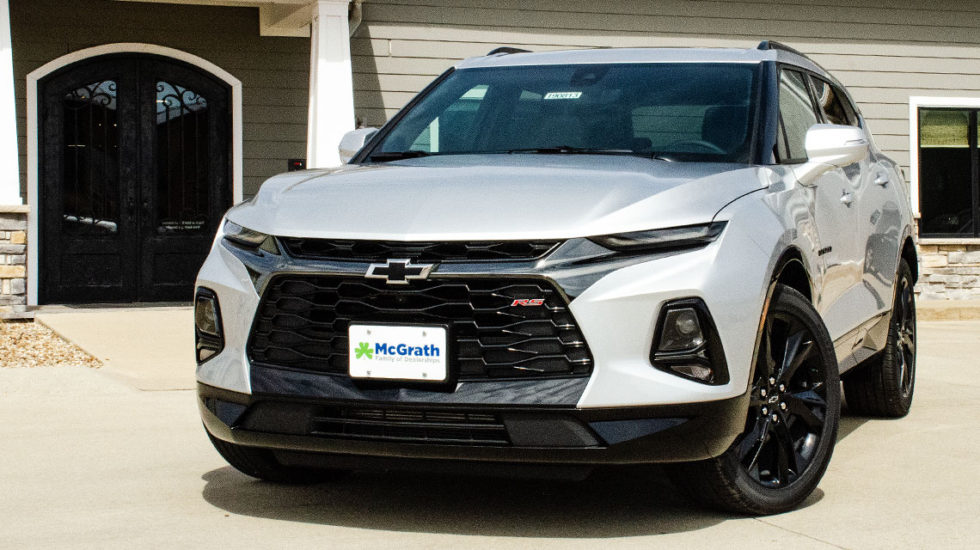 Silver 2019 Chevy Blazer with black accents