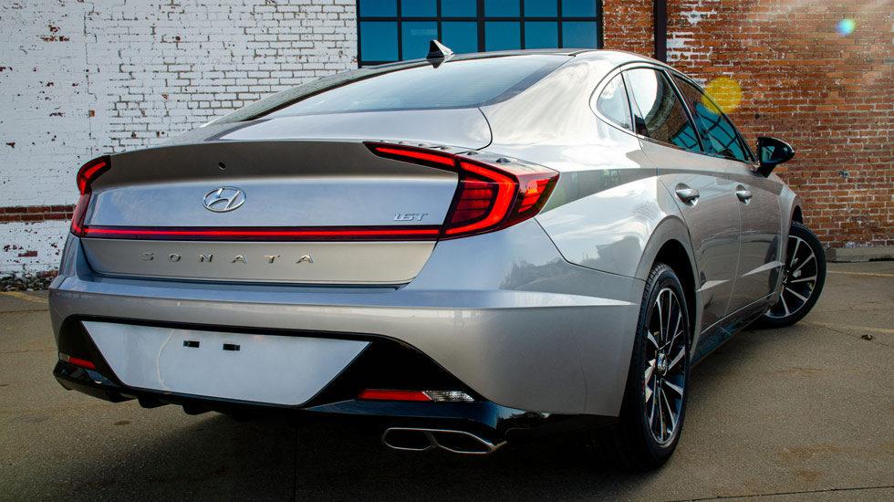 2020 Hyundai Sonata taillights