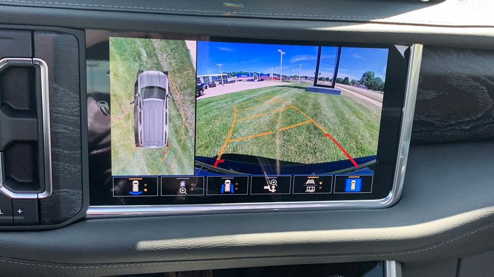 Backup camera in the 2021 GMC Yukon