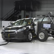 Video: Car and Drivers Shows How Crash Tests are Performed